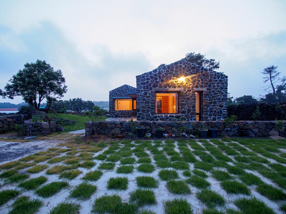 Jeju Listing – Jeju Stone House 8