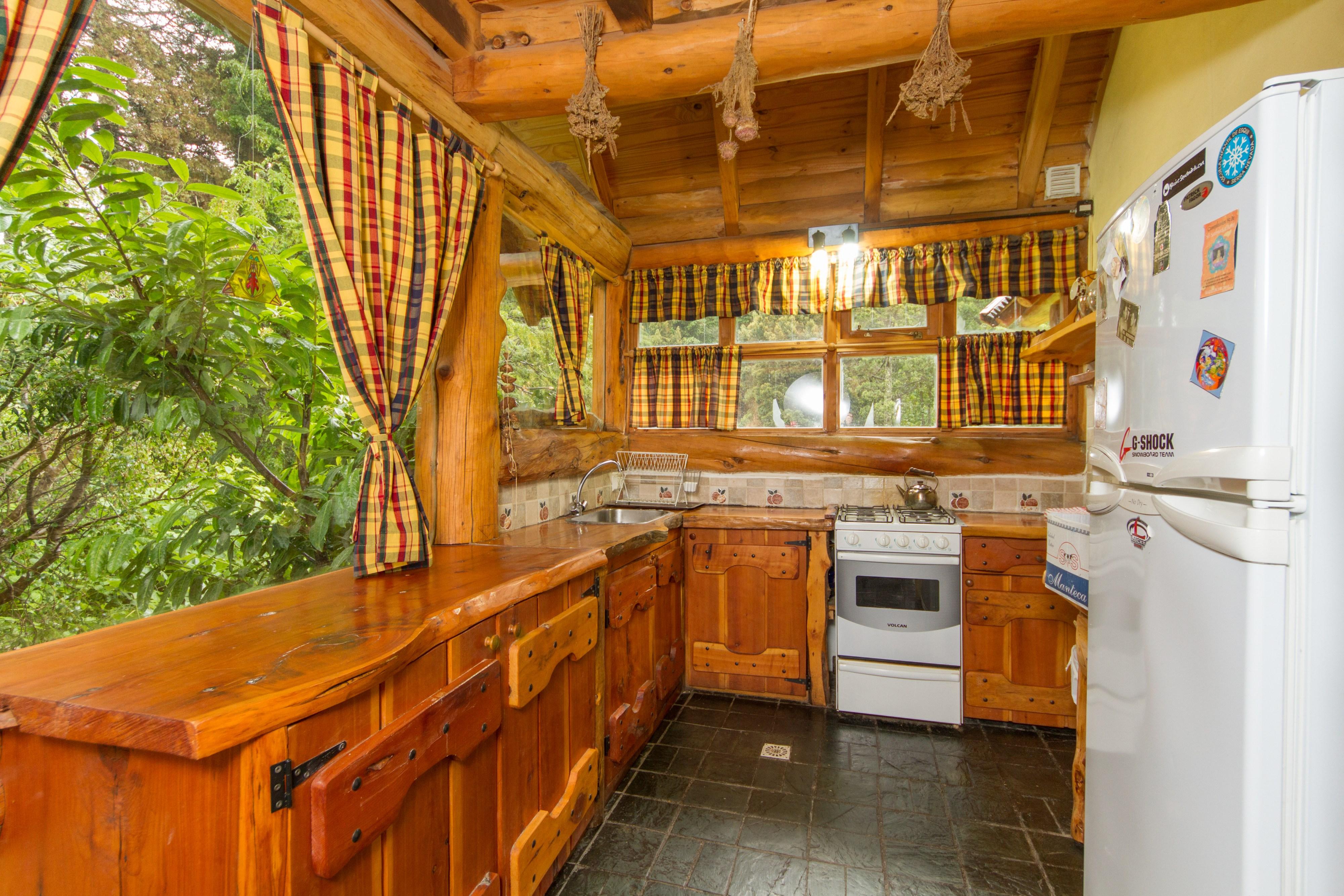 Argentina Listing – Lakefront Cottage Morenito 1