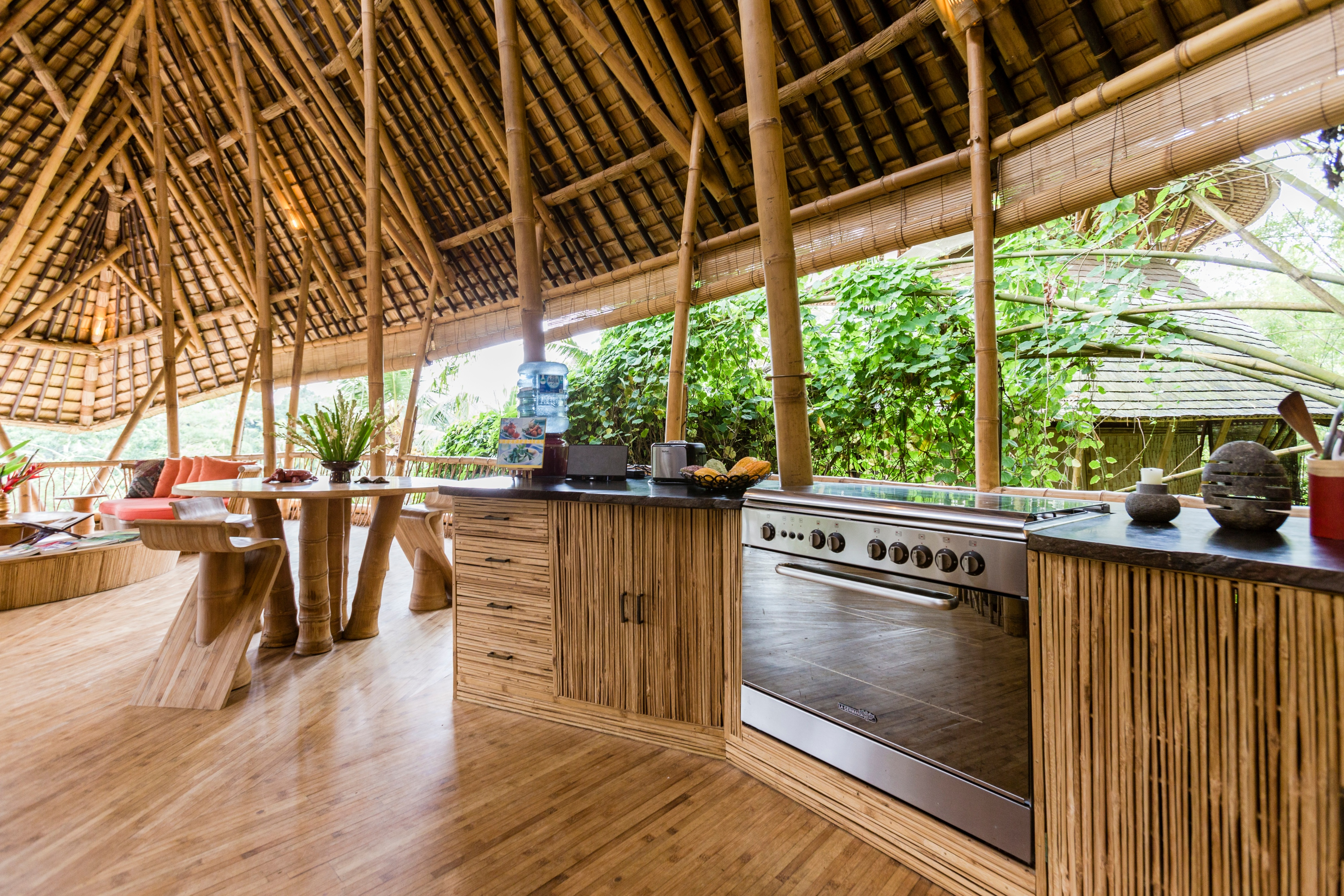 Food Defines the Way Indians Travel, Reveals Airbnb APAC Travel Survey