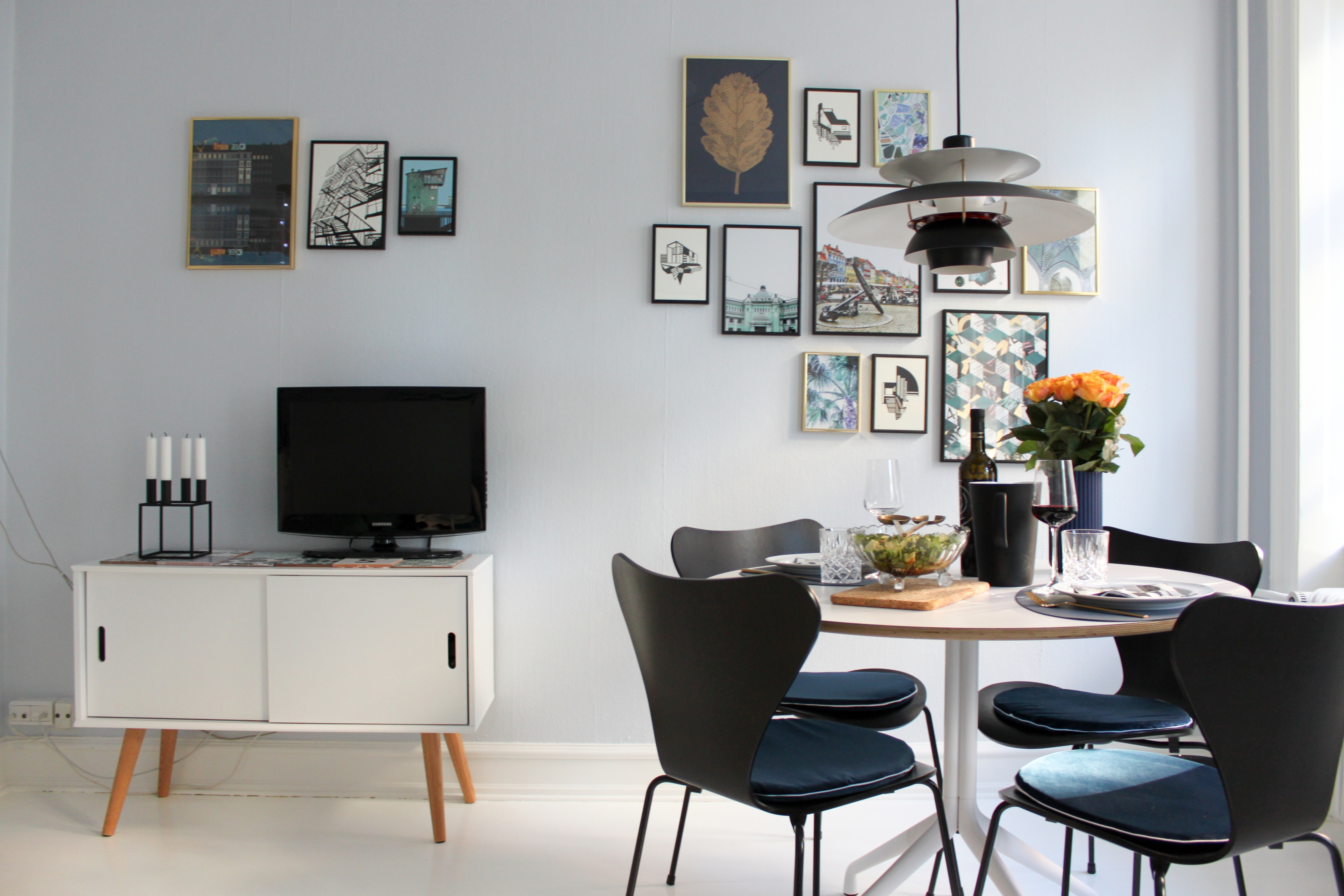 Denmark Listing – Stylish & Colorful Apartment for Two 3