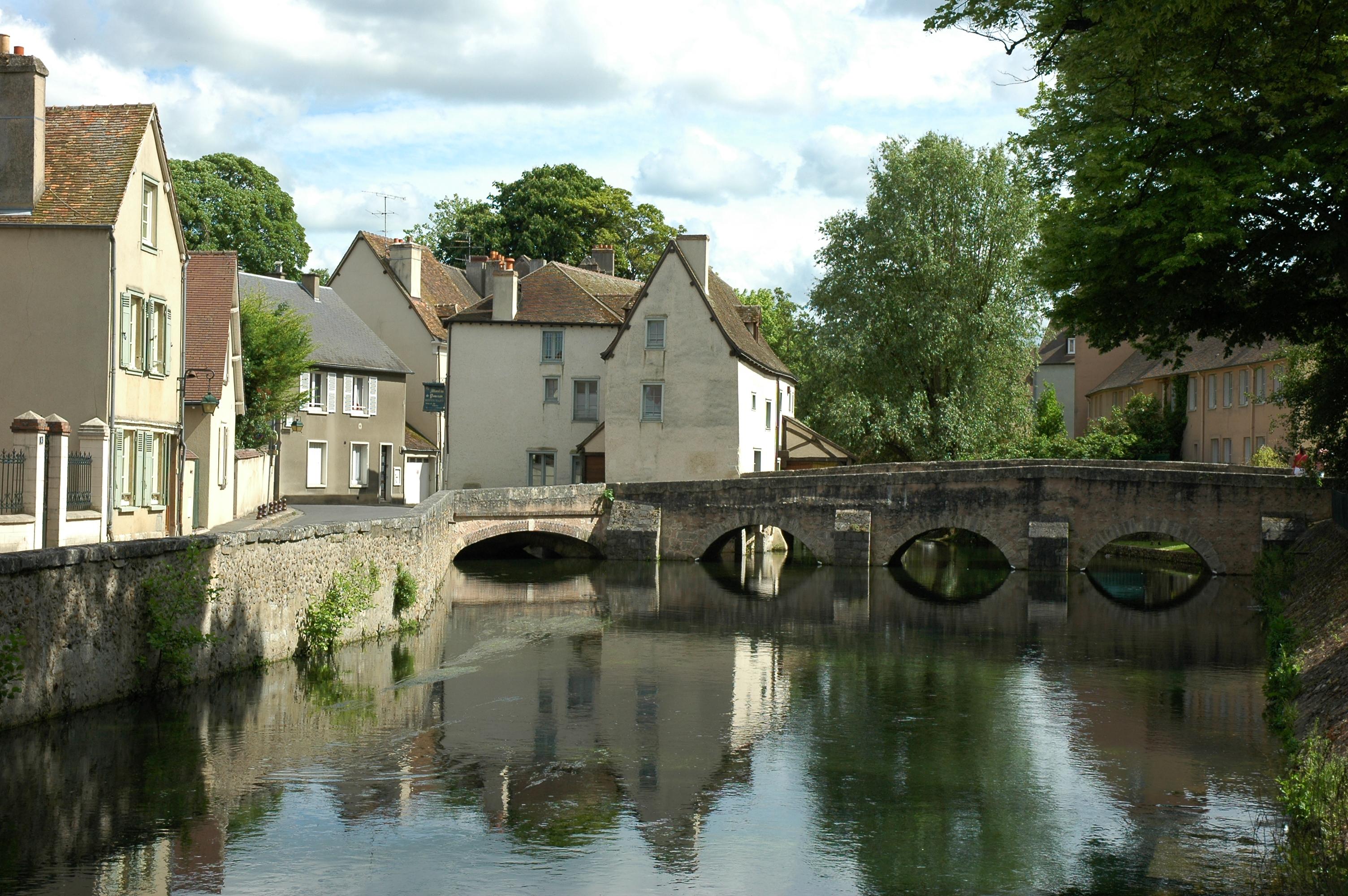 L'Eure-et-Loir et Airbnb s'associent pour promouvoir le tourisme en zone rurale