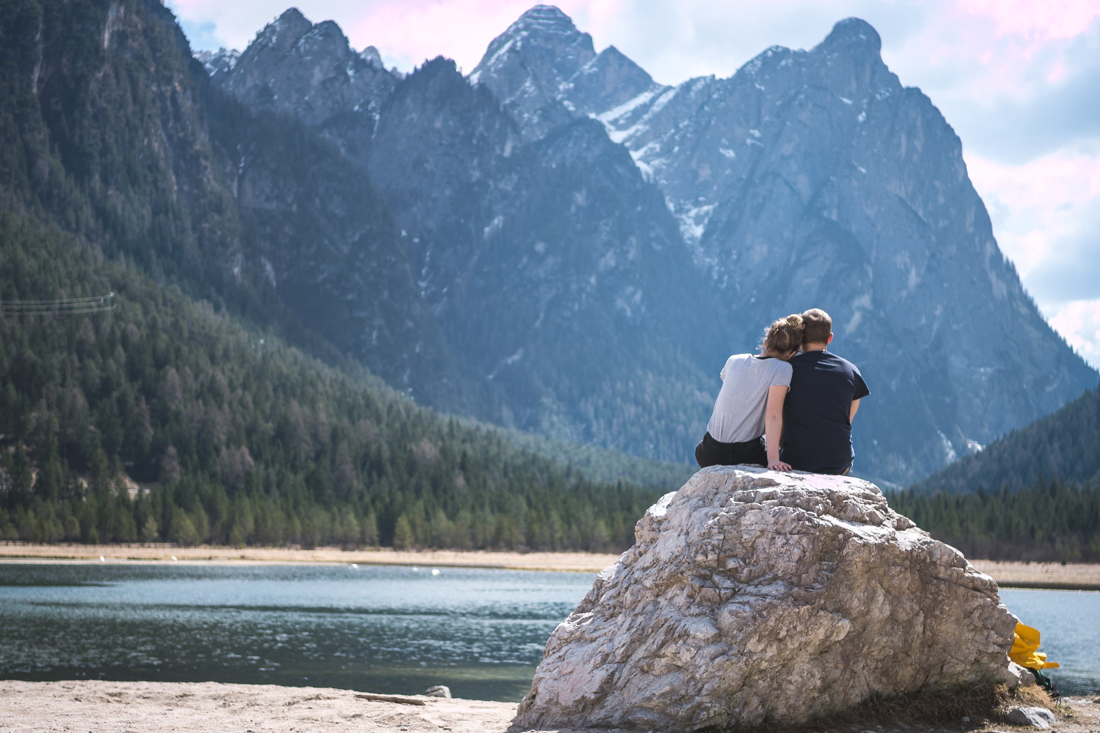 Escápate de la rutina de San Valentín y enamórate con los destinos y Experiencias de Airbnb